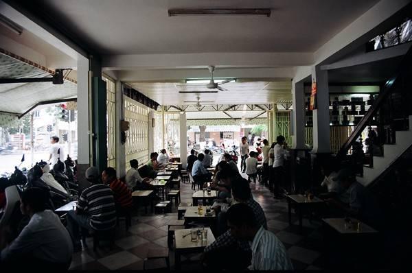 Cafe Long - Quán café cóc vô cùng nổi tiếng và có lịch sử lâu đời nhất tại Đà Nẵng.