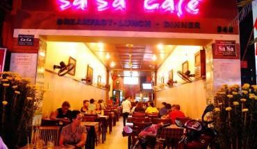 Sa Sa Café nhìn từ phía bên ngoài. Ảnh : Sa Sa Café