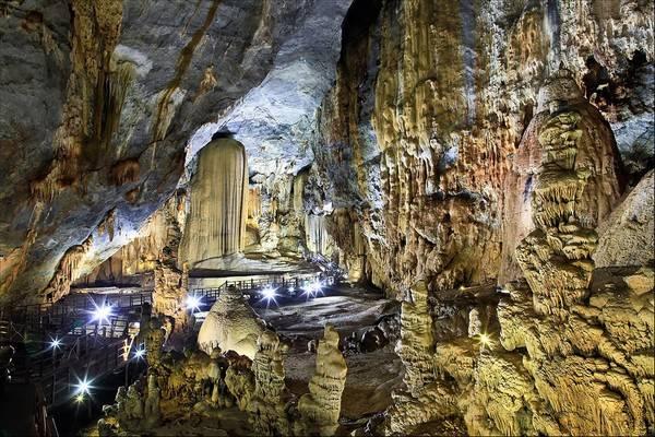 Mãi cho tới năm 2006, khi một đoàn thám hiểm của Hiệp hội Hoàng gia Anh tới tìm kiếm hang động mới ở Phong Nha - Kẻ Bàng, anh Khanh mới đem câu chuyện của mình kể cho họ nghe. Đó cũng là lúc chuyến hành trình tìm lại hang động năm xưa bắt đầu.