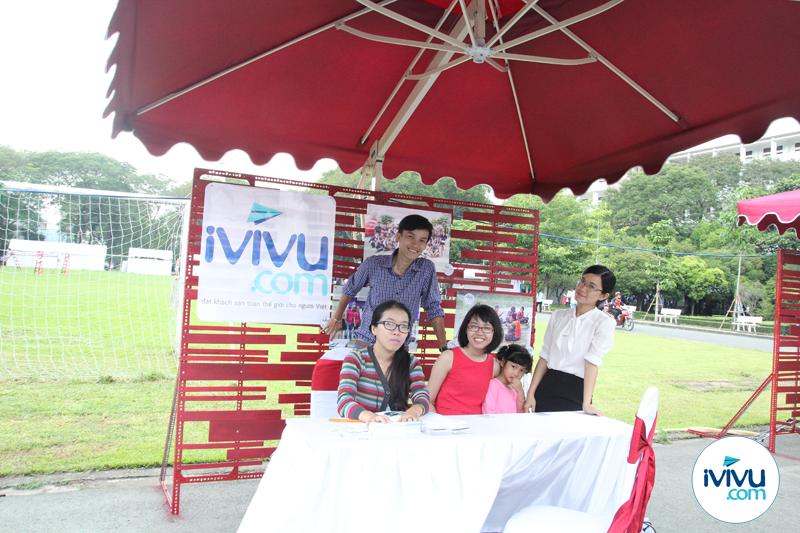 iVIVU.com luôn chờ đón những ứng viên tài năng tham gia vào đại gia đình chung iVIVU.com. Mọi thông tin ứng tuyển bạn có thể gửi về: hr@ivivu.com. iVIVU.com xin chào đón tất cả các bạn.