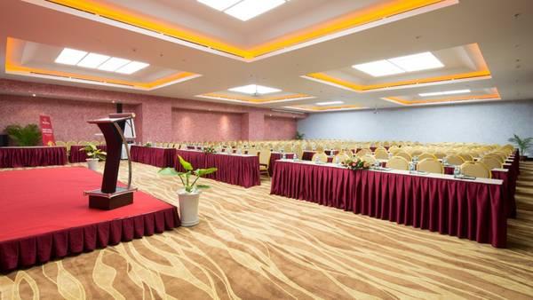 Hê thống phòng họp với sức chứa đến 600 khách.