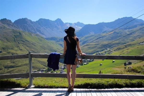Đi du lịch là cách tốt nhất để chữa căn bệnh nghiện đi du lịch của bạn.