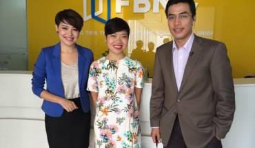 Đỗ Thị Thúy Hằng cùng phóng viên FBNC trong chương trình 'Đồng Tiền Thông Minh'.