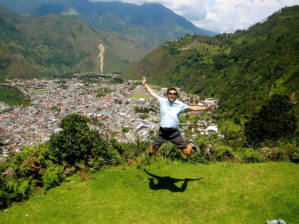 Một cảm giác thật Yomost khi được đi du lịch đến bất cứ đâu.