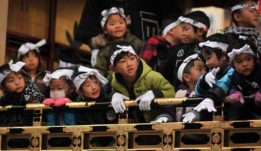 Lễ hội thu hút rất đông các em nhỏ tham gia - Ảnh: Yoshizen