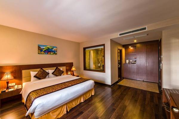 Phòng nghỉ sang trọng tại khách sạn.