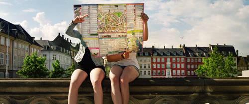 Nên đặt trước phòng tại những thành phố xa lạ bạn mới du lịch lần đầu để tránh bỡ ngỡ và mất thời gian.