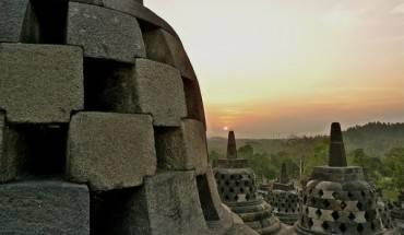 Một góc ngôi chùa F Mira