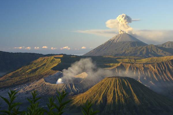 Núi lửa trên đảo Java.