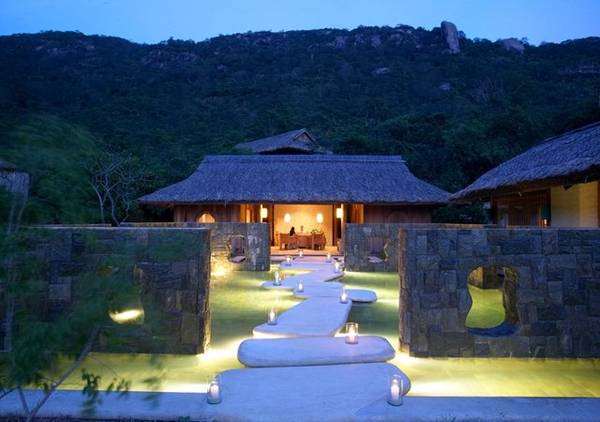 Khu nghỉ dưỡng Six Senses Ninh Vân Bay đã trở thành điểm đến của trên 100.000 du khách đẳng cấp trong nước và quốc tế.