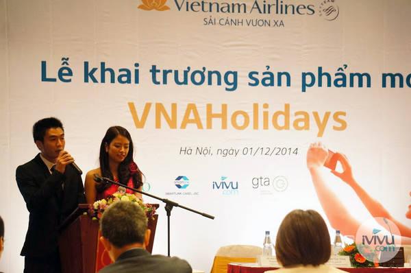 Buổi lễ khai trương sản phẩm mới VNA Holidays vừa được diễn ra vào sáng ngày 1/12/2014 tại Hà Nội. Ảnh: iVIVU.com