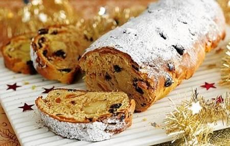 Bánh mỳ ngọt Stollen