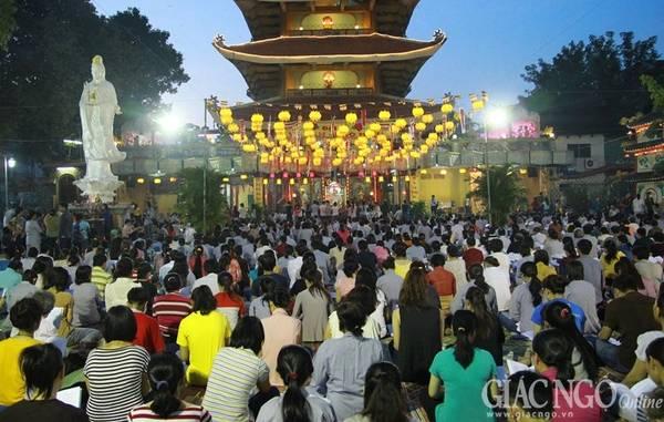 Những ngôi chùa lớn ở Sài Gòn luôn kín người vào những ngày đầu năm