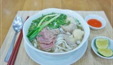 Phở Việt Nam đứng đầu bảng xếp hạng những món ăn phải thử trong đời