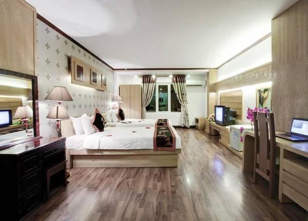 Phòng nghỉ sang trọng của  khách sạn Indochina Legend 2 Hà Nội.
