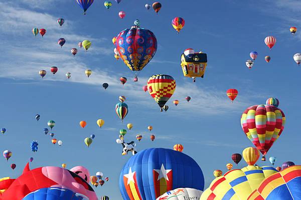 Lễ hội khinh khí cầu quốc tế Albuquerque là lễ hội kinh khí cầu lớn nhất thế giới.