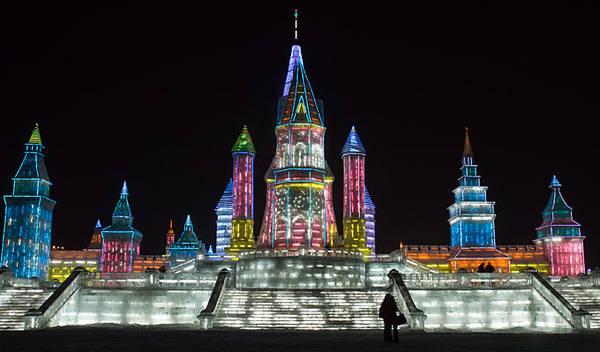 Lễ hội Băng đăng Quốc tế Cáp Nhĩ Tân là một trong bốn lễ hội băng tuyết lớn nhất thế giới.