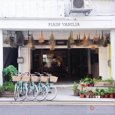 Bài trí độc đáo và sáng tạo tại tiệm bánh Plain Vanilla