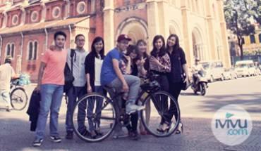 team-marketing-ivivu1