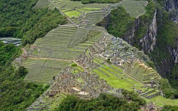Machu Picchu - công trình kiệt tác nằm trên những dãy núi cao