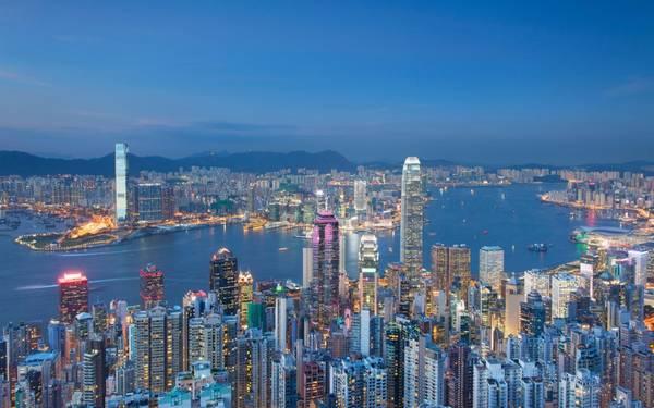 The Peak là nơi lý tưởng cho những tín đồ du lịch Hong kong muốn ngắm nhìn toàn cảnh thành phố này
