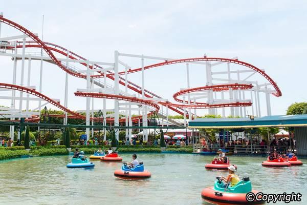 Dream World là công viên giải trí hàng đầu của Thái Lan.