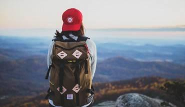 Chuyến du lịch một mình sẽ giúp bạn học hỏi được nhiều điều hơn bạn nghĩ. Ảnh: Backpackr