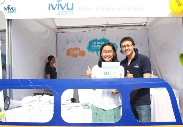 Một khách hàng may mắn đã trúng giải tour du lịch Bình Ba của iVIVU.com.