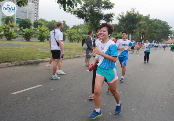 Bà Đỗ Thị Thúy Hằng - CEO của iVIVU.com cũng tham gia cuộc đua.
