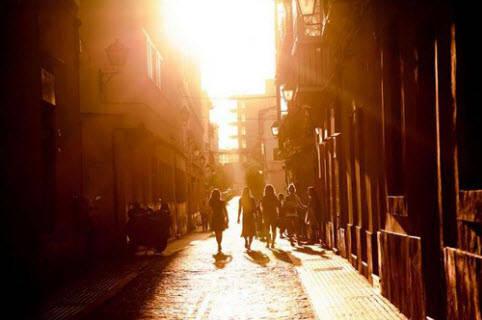 Việc đi dạo sẽ tiếp thêm sinh khí cho bạn.