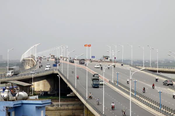 Cầu Vĩnh Tuy - Cầu rộng nhất Việt Nam