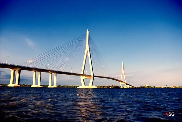 Cầu Cần Thơ - Cầu dây văng có nhịp chính dài nhất Đông Nam Á.