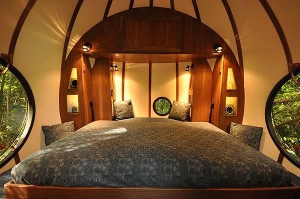 """Khách sạn nằm sâu trong những tán rừng nhiệt đới, """"Viên ngọc linh hồn tự do"""" là một trong những địa điểm đáng ghé thăm nhất khi bạn đến Canada."""