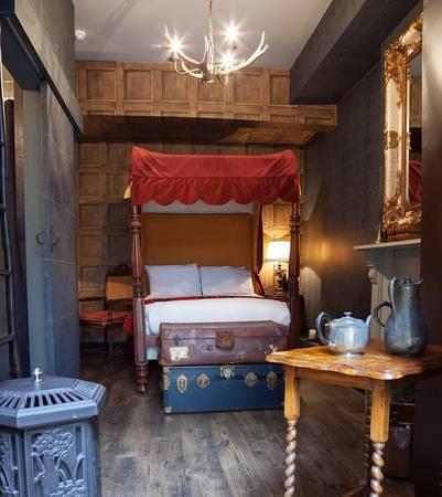 Khách sạn Georgian House, London Anh được xây dựng theo phong cách từ năm 1851 này sẽ là điểm đến khó bỏ qua với những fan hâm mộ truyện Harry Potter.
