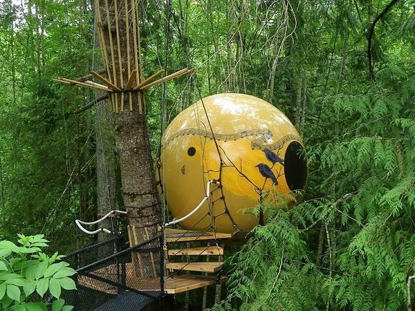 Khách sạn Free Spirit Spheres tại Vancouver, Canada