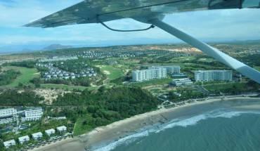 Trải nghiệm dịch vụ bay bằng thủy phi cơ sẽ giúp du khách có cơ hội chiêm ngưỡng những phong cảnh đẹp từ trên cao. Ảnh: FB Lương Hoài Nam