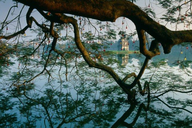 Du lịch Hà Nội - Hồ Gươm.