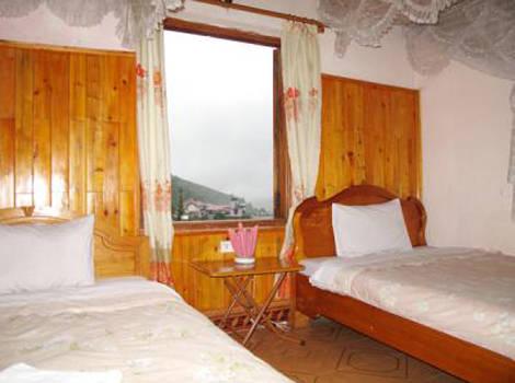 Tất cả 10 phòng tại nhà nghỉ Sa Pa đều được trang bị lò sưởi điện cùng nhiều tiện nghi khác.