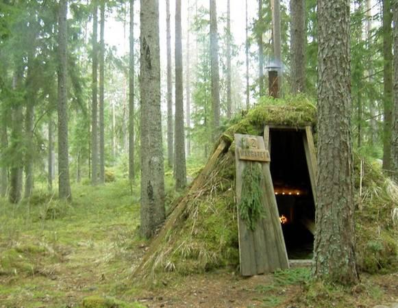 """Khách sạn """"túp lều tranh"""" Kolarbyn Eco tại Thụy Điển với phong cách rất... cơ bản, đúng nghĩa lều tranh vách đất."""