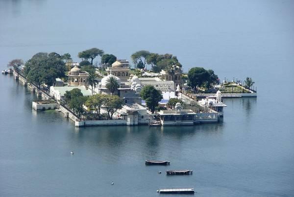 Khách sạn nổi Taj Lake Palace ở Rajasthan, Ấn Độ