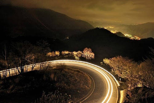 Con đường đóng một vai trò quan trọng trong lịch sử Nhật Bản, các tuyến đường từng là nơi phổ biến với khách hành hương Phật giáo