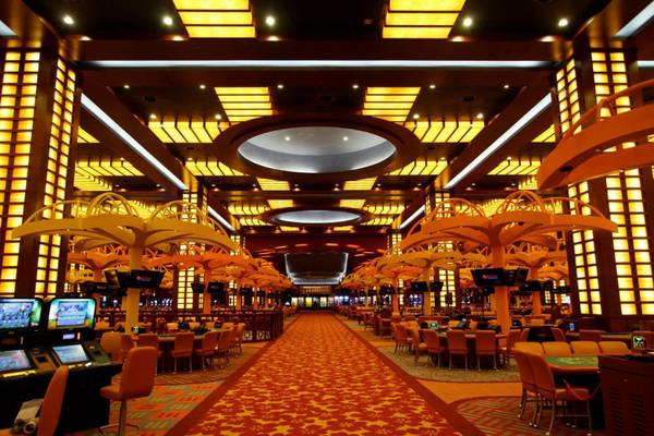 Bên trong Casino thuộc Resort World.