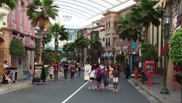 Trước khi ra về du khách sẽ được tư do khám phá Singapore.