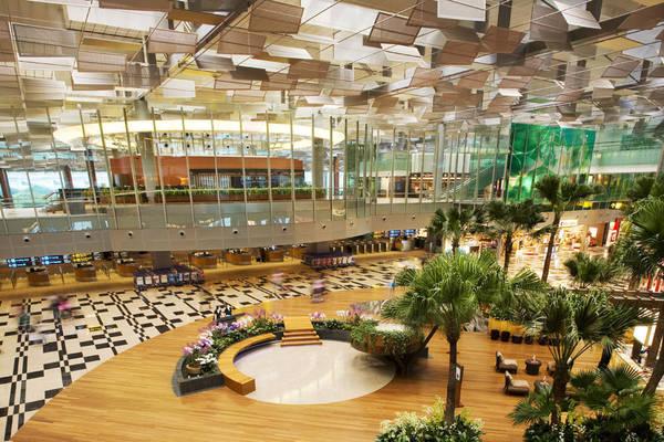 Sân bay quốc tế Changi đã từng được giải thưởng là sân bay tốt nhất thế giới dựa trên kết quả bình chọn của Skytrax.