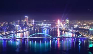 Đặt ngay Tour Tết Đà Nẵng 4 ngày 3 đêm tại iVIVU.com để bắt đầu hành trình khám phá những điểm đến tuyệt vời tại thành phố xinh đẹp này nhé! Ảnh: dukdndanang