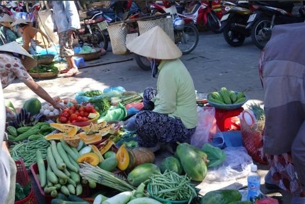 Rau ở Việt Nam rất tươi mới.