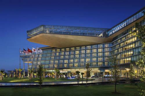 Khách sạn JW Marriott Hanoi nhận Giải thưởng Khách sạn tốt nhất Việt Nam (Best Hotel in Vietnam).