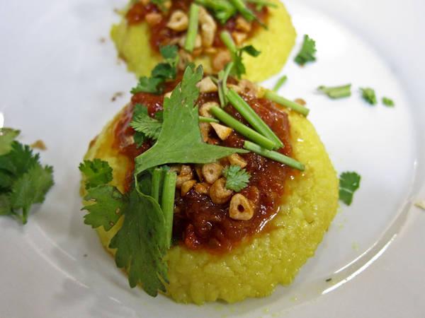 Cơm Shan là một món ăn độc đáo của Myanmar.