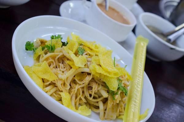 Món mỳ Nangyi thoke thơm ngon.