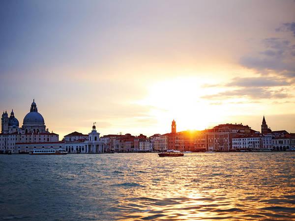 Hoàng hôn Venice - Kết thúc một ngày tuyệt đẹp ở thành phố lãng mạn.